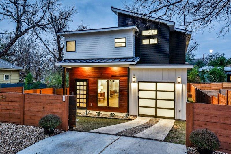 Residential Garage Door-1-Hutchins Garage Doors